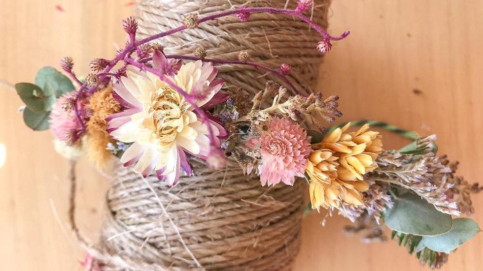 coroa de flores secas