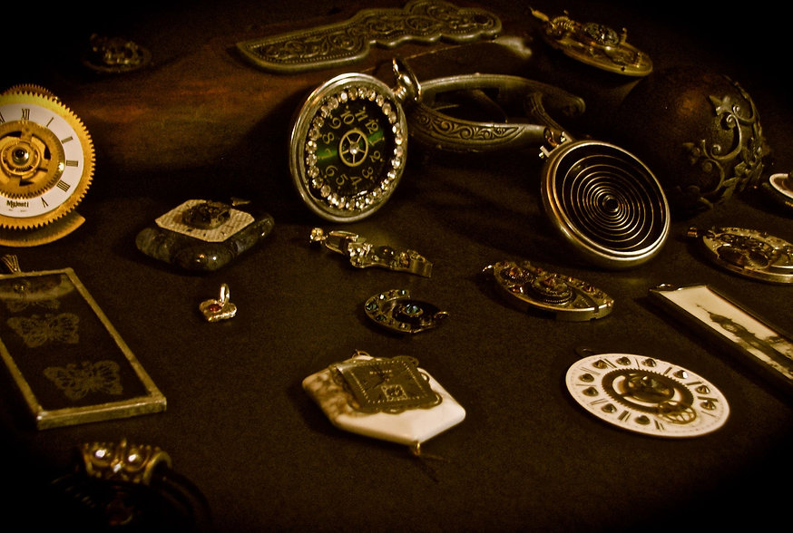 Custom Steampunk jewelry designs
