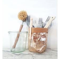 Brosse à vaisselle et pot en kraft