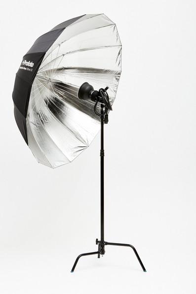 Profoto – Umbrella – Deep XL 165cm – Silver