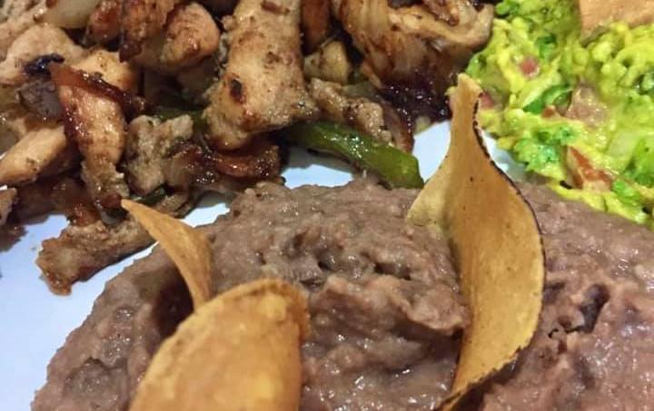 AmigosIslaMujeresIslandRestaurantFoodMexicanFoodChickenFajitasCaribbeanMexicoMenu.VNFB.jpg