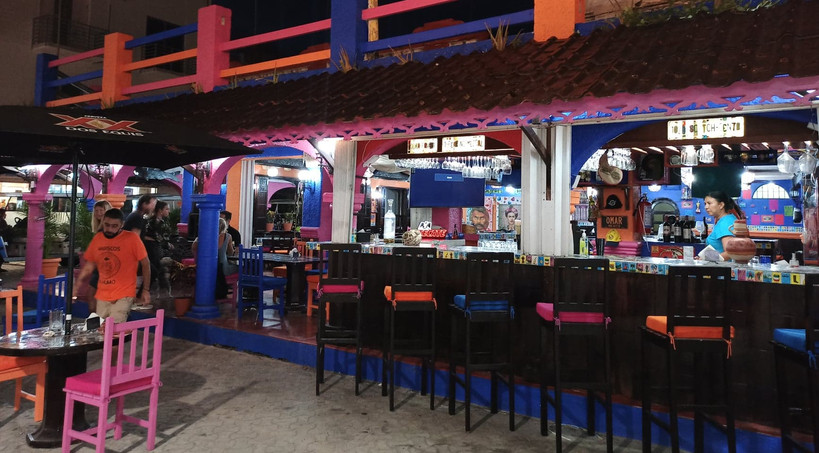 LosMariscosDeHumoRestaurantBarIslaMujere