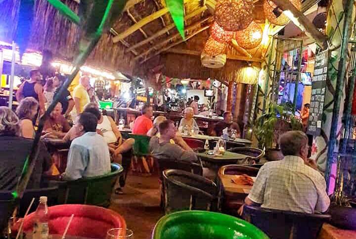 FaynesIslaMujeresMexicoDrinksFoodRestaurant.VNFB.jpg