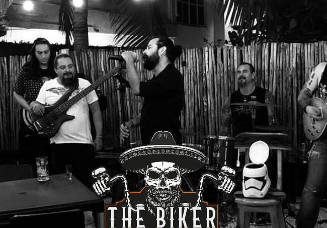 BikerBurritoLiveMusicBarRestaurantGarden