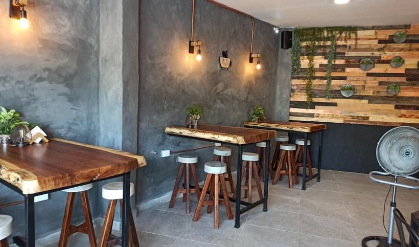 xilakislandtravelrestaurantfoodcafegourm