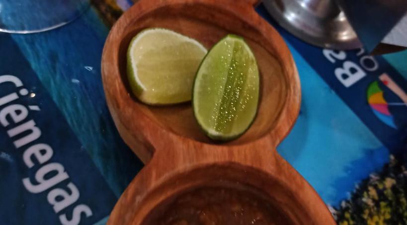 LosMariscosDeHumoSalsasRestaurantFoodIsl