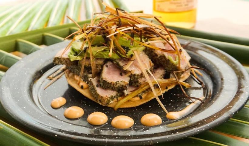 MuelleAzulIslaMujeresRestaurantBarFoodDrinksTostadasMexicanFoodSeafood.VNFB.jpg