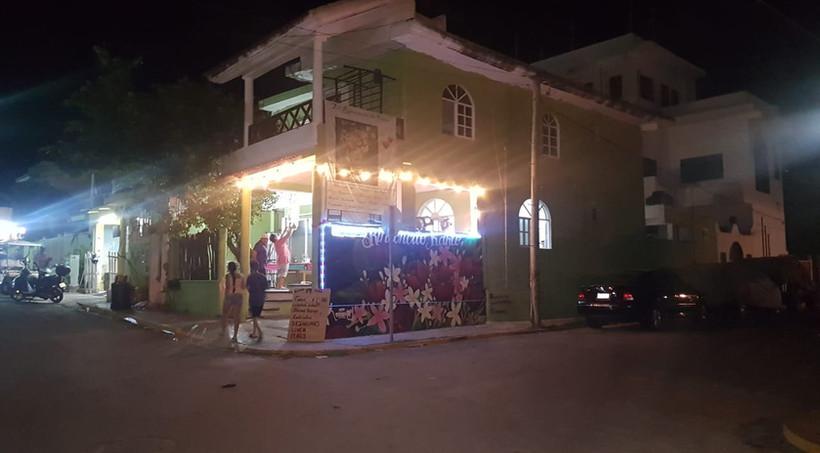 RinconcitoKahloFoodRestaurantIslaMujeresMexico.VNFB.jpg