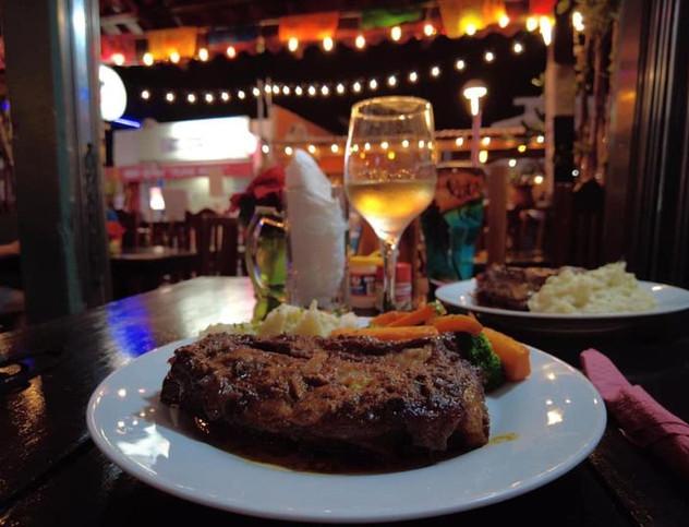 FredysRestaurantIslaMujeresMexicoMexicanFoodRibs.VNFB.jpg