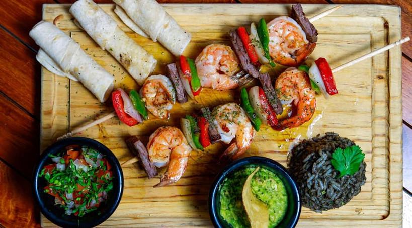 XcatikIslaMujeresRestaurantFoodDinnerMexicanFoodShrimpSeafood.VNFB.jpg