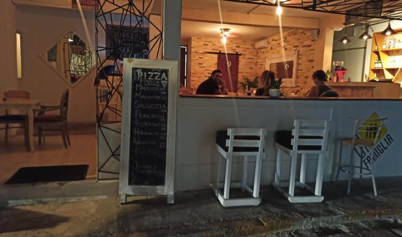 LaFamigliaPizzaMenuRestaurantMexicoIslaMujeresCaribbeanDowntownJM.jpg