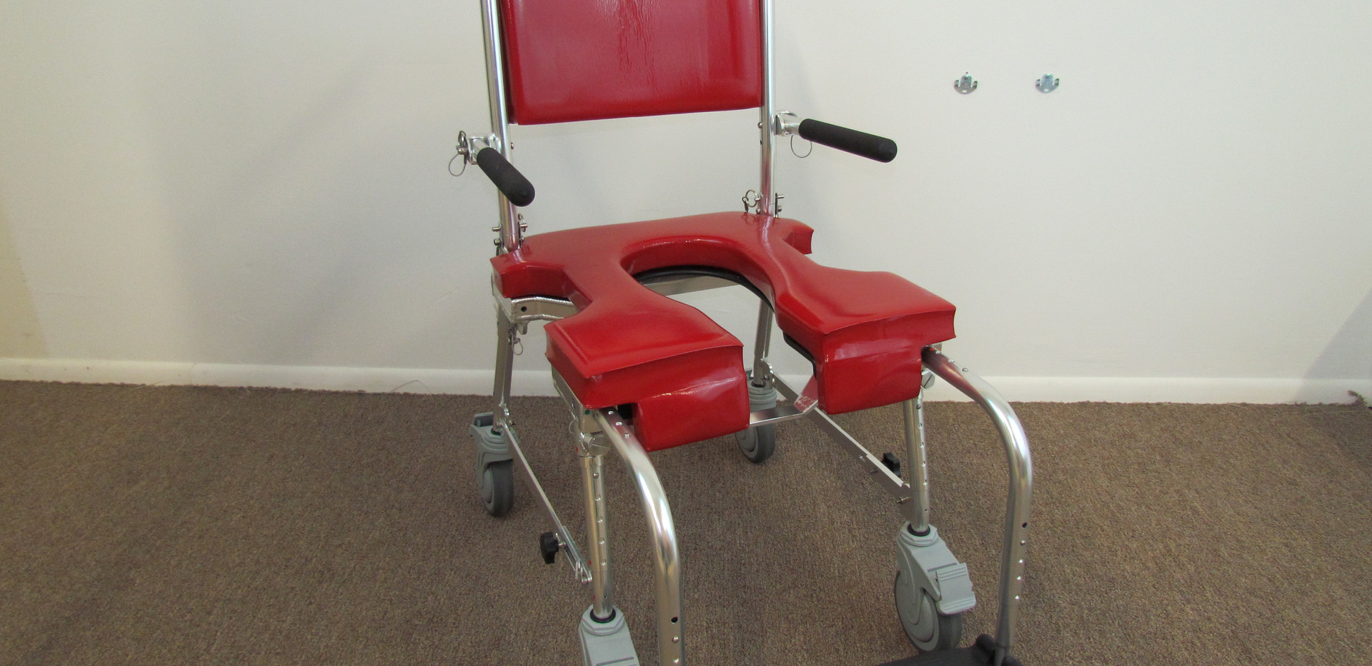 Shower Commode Chair Four Caster Model