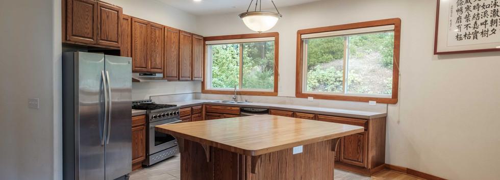House_Kitchen_01.jpg