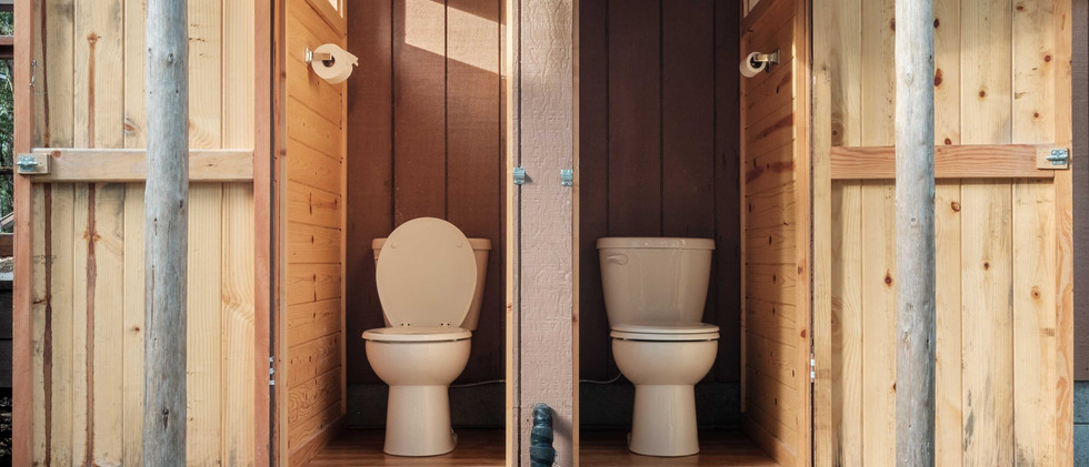 Cabin_Outhouse.jpg