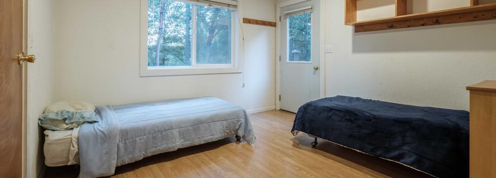 Cabin_Room2_01.jpg