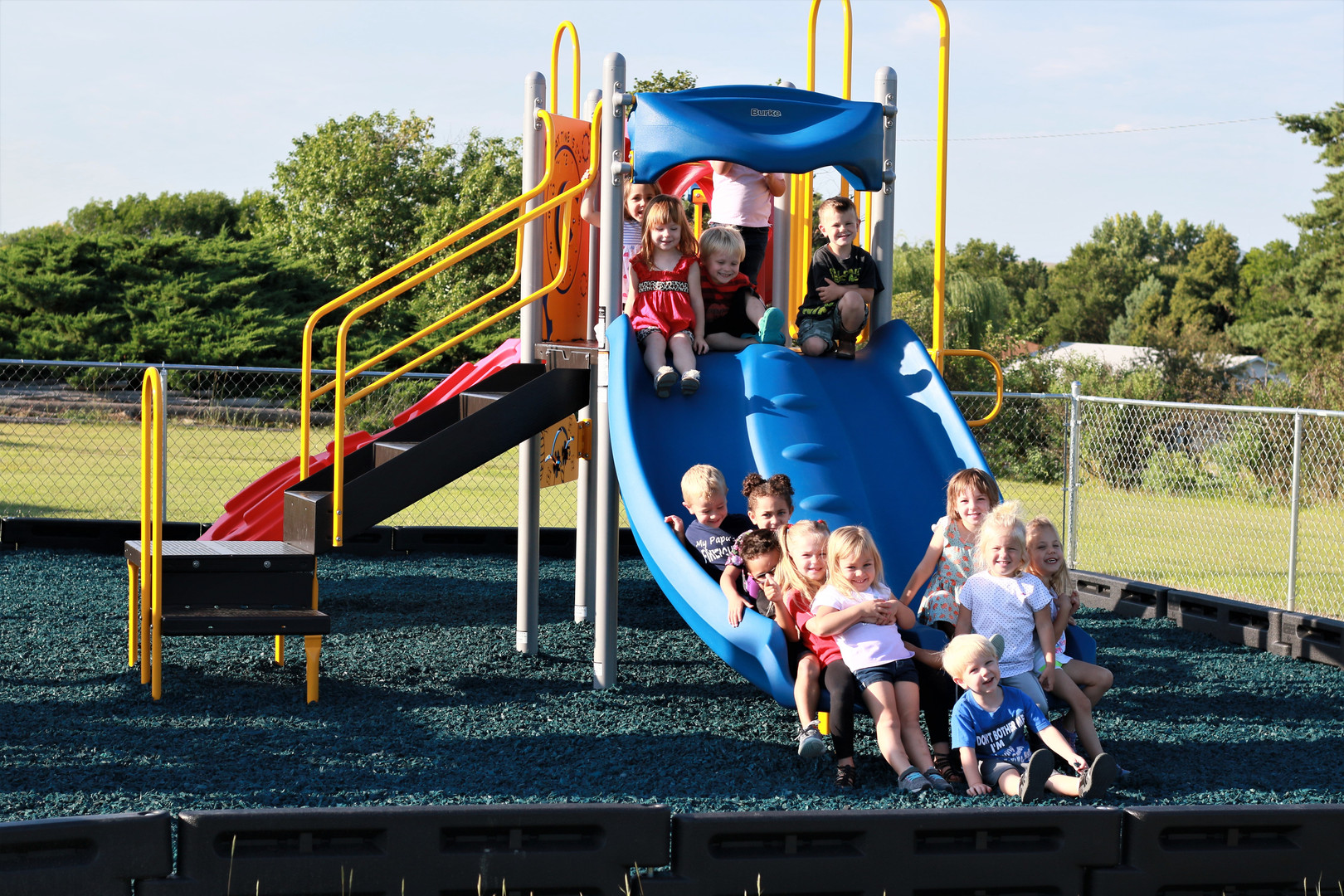 Playground 8708.JPG