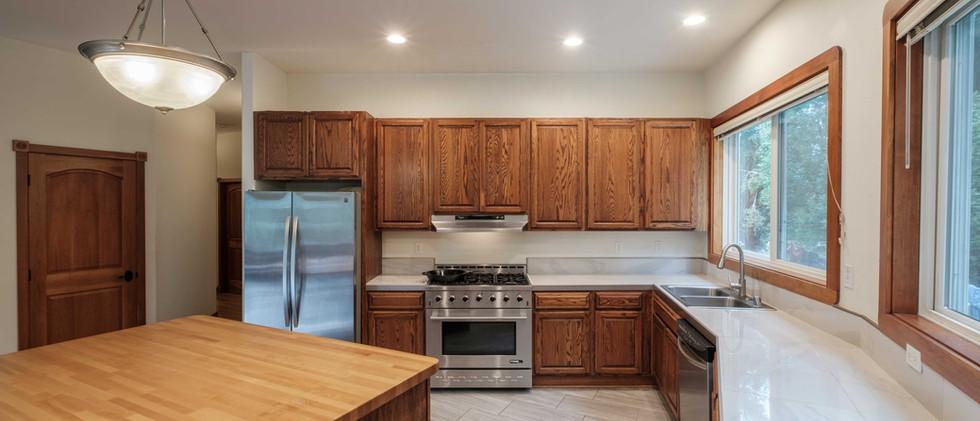 House_Kitchen_02.jpg