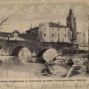 Crikvenica - Crkva i Ladislavov dječji dom u starom frankopanskom dvorcu. / Kirche und Ladislaus-Kinderheim in Cirkvenica im alten Frankopan'schen Schlosse.