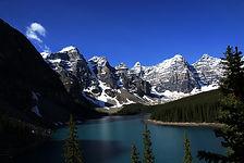 Moraine_Lake_Alberta_Canada.jpg