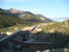 1200px-Tungsten,_Northwest_Territories.j