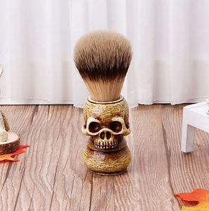 Shaving Brush for Men Wooden Handle Traditional Grooming Brush for Wet Shaving Beard, Moustache & Facial Hair Grooming for Male(Skull)