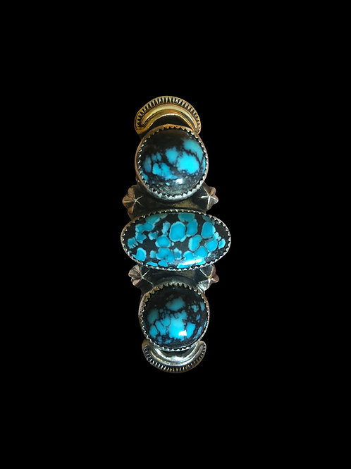Hubei Ring with Embellishments