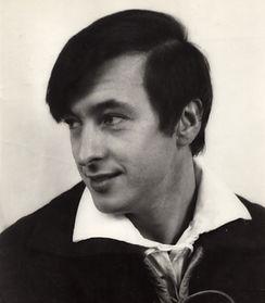 Valentine Vox actor 1968.jpg