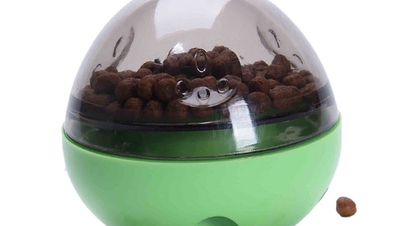 Dispensador de comida con forma ovoide
