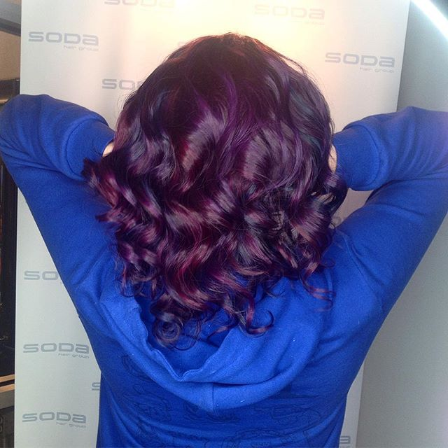 Check out these gorgeous violet tones by