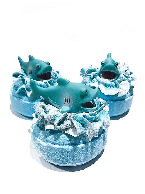 Shark toy bath bomb