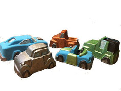 Toy surprise bath bombs (cars)