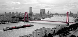 Skyline Rotterdam Black&Red