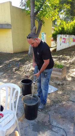 שיפוץ בית הילדים בקיבוץ מפלסים בהתנדבות 1
