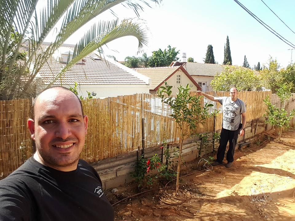הקמת גדר במבוק