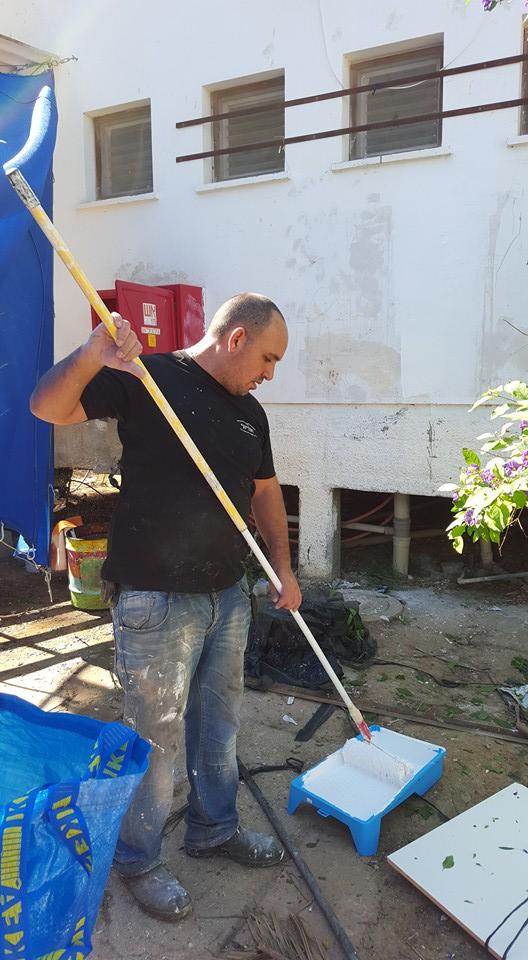 שיפוץ בית הילדים בקיבוץ מפלסים בהתנדבות 5