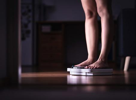 Il sovrappeso e l'obesità possono danneggiare il fegato