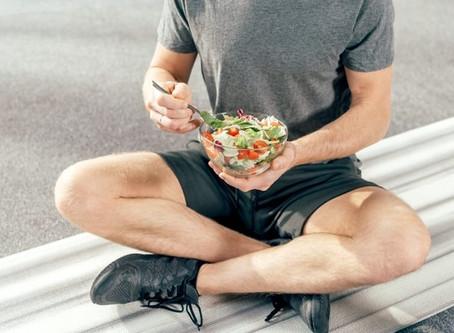 Più muscoli e meno grasso: gli alimenti che aiutano a costruire la tua massa magra