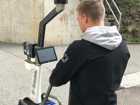 MOBILER 3D-LASERSCANNER MIT MESSWAGEN