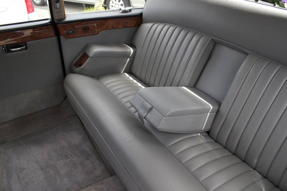 The Daimler D420 Limousine 2
