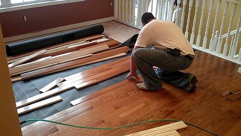 Hardwood-Floor-Installation-min.jpg