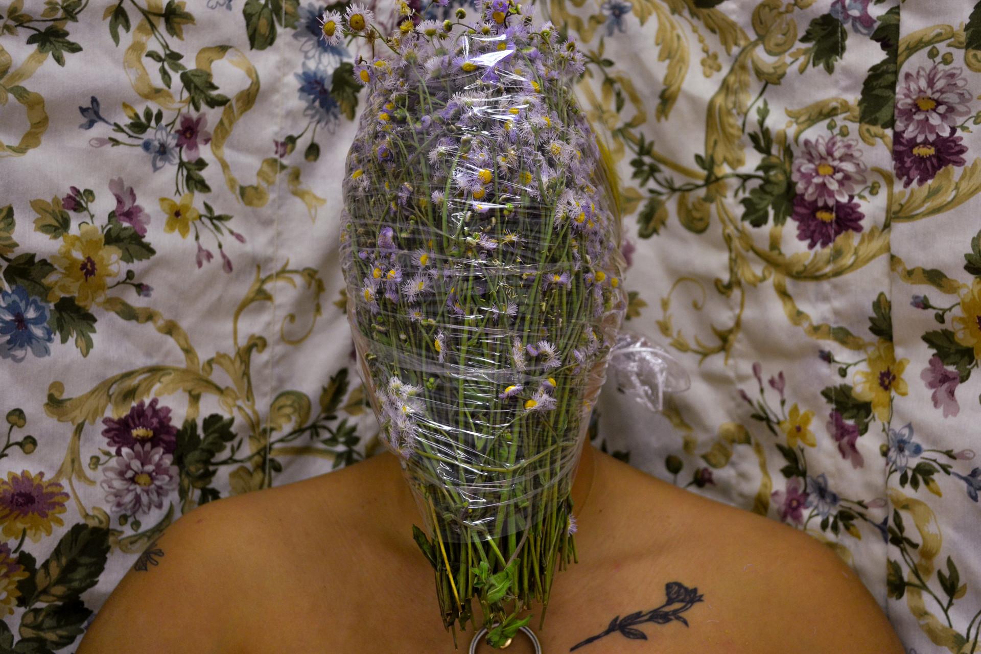 Asphyxia 2, Flowers, Plastic, 2019