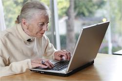idosa informatica