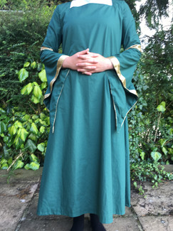 Medieval Lady - front view 1
