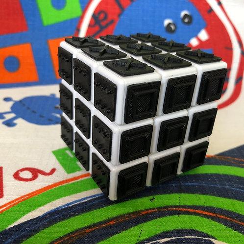 3x3 Rubik con tiles negros impresas en 3D para armar a ciegas base blanca