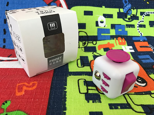 Fidget Cube Tipo 2 blanco con rosa