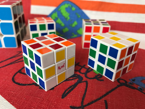 Mini cubo chico base blanca