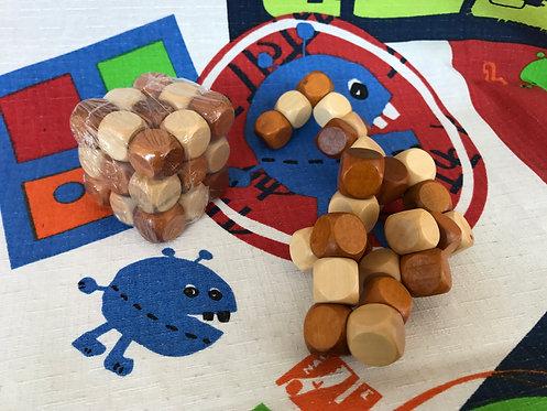 Kong Cubo madera serpiente