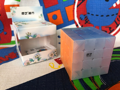 4x4 QiYi QiYuan jelly transparente