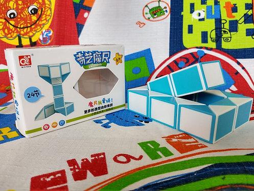 QiYi Twisty snake 24 piezas azul con blanco