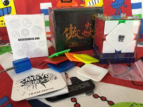 Moyu Aoyan Skewb M magnético stickerless colored
